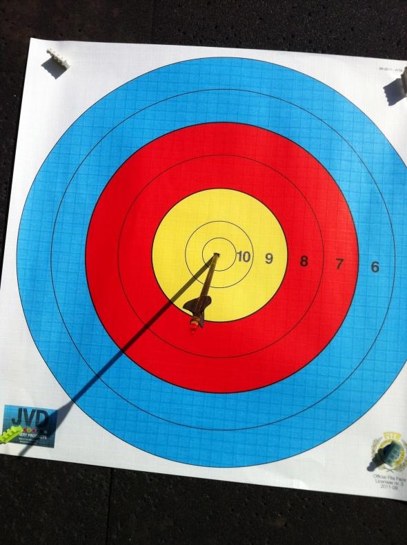 PSE Chris White's 1 arrow shoot off
