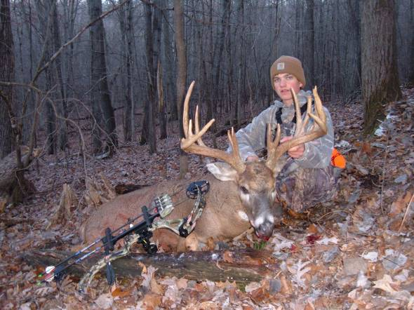 "Kyle shoots a 184"" buck with his PSE X-Force!"