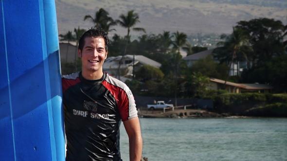 PSE's Pedro Ampuero Surfing